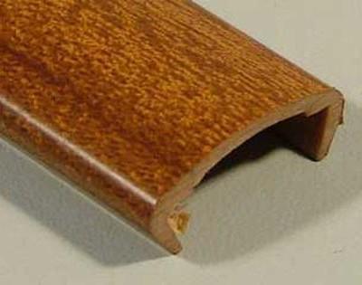 Профиль накладной С-16 жесткий декор орех светлый 2,8м